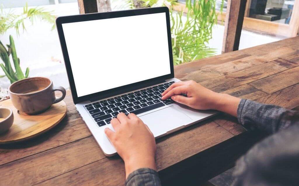 Best Laptops Under 800$